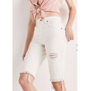 *Flaw* NWT Lucky Brand | Off-White Bermuda Shorts